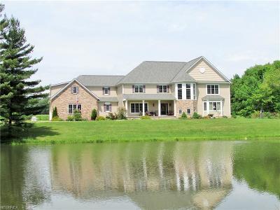 Ashtabula County Single Family Home For Sale: 6607 Noble Rd