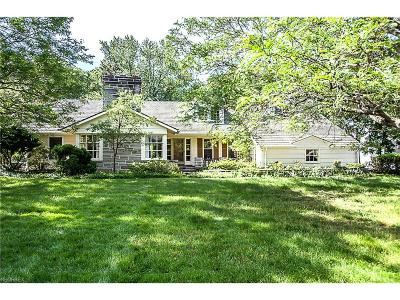 Lyndhurst Single Family Home For Sale: 4892 Countryside Rd