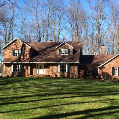 Gates Mills Single Family Home For Sale: 1066 Hillcreek Ln
