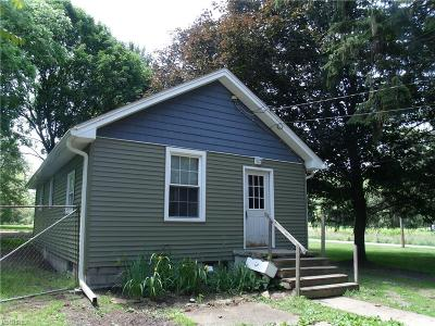 Mineral Ridge OH Single Family Home For Sale: $43,900