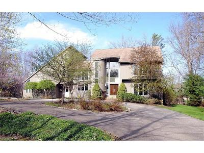 Moreland Hills Single Family Home For Sale: 35175 Miles Rd