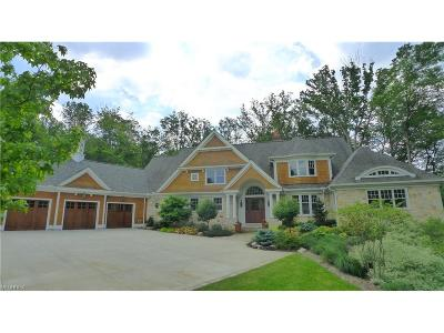 Hunting Valley Single Family Home For Sale: 14955 County Line Rd