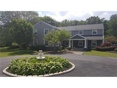 Chardon Single Family Home For Sale: 12084 Fowlers Mill Rd