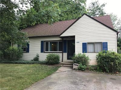 Painesville Single Family Home For Sale: 164 Linden Dr