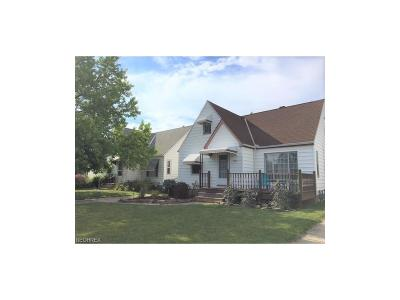 Parma OH Single Family Home For Sale: $109,900