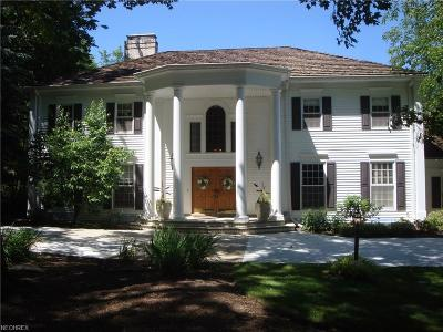 Pepper Pike Single Family Home For Sale: 3 Hunting Hollow