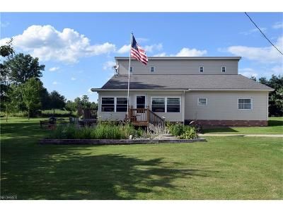 North Bloomfield Single Family Home For Sale: 4108 Kinsman Rd Northwest