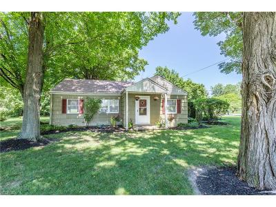 Concord Single Family Home For Sale: 9911 Old Johnnycake Ridge Rd