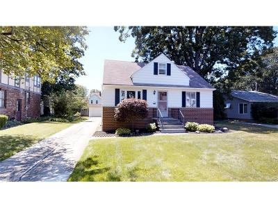Single Family Home Sold: 174 East 294th St