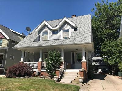Lakewood Single Family Home For Sale: 1492 Marlowe Ave