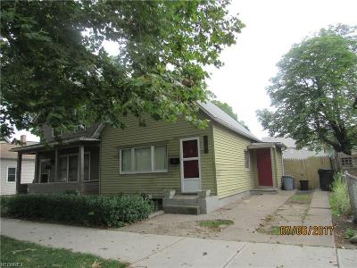 Single Family Home For Sale: 2627 West 11th St