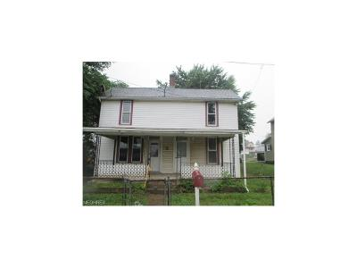 Muskingum County Single Family Home For Sale: 45 East King St