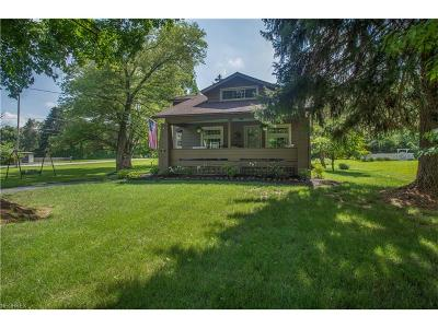 Poland Single Family Home For Sale: 7374 Youngstown Pittsburgh Rd