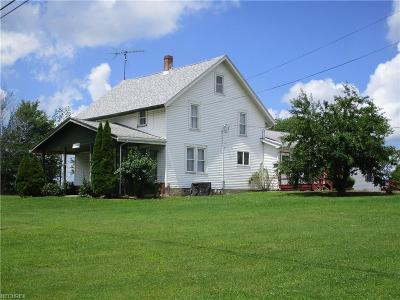 Ashtabula County Single Family Home For Sale: 1659 State Route 307 East