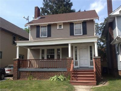 Lakewood Single Family Home For Sale: 17848 Cannon Ave