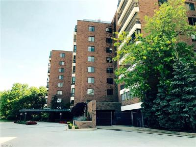 Beachwood Condo/Townhouse For Sale: 27500 Cedar Rd #202