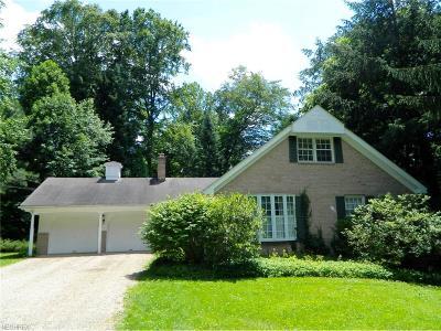 Mantua Single Family Home For Sale: 10922 Ambler Ln
