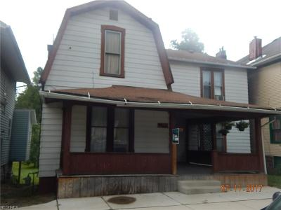 Guernsey County Single Family Home For Sale: 819 Beatty Ave