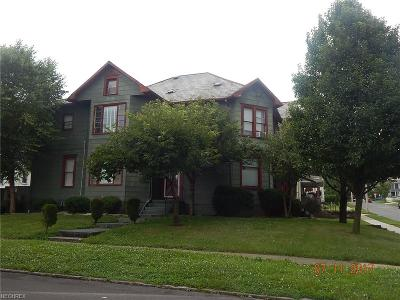 Guernsey County Multi Family Home For Sale: 903 Beatty Ave