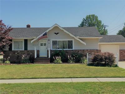 Willowick Single Family Home For Sale: 31618 Royalview Dr