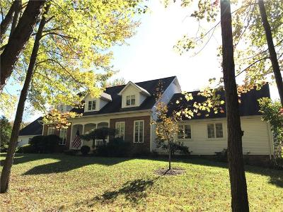Gates Mills Single Family Home For Sale: 7910 Battles Rd
