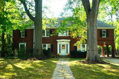 Shaker Heights Single Family Home For Sale: 2894 Winthrop Rd