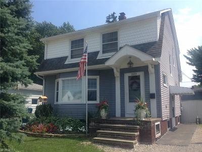 Single Family Home Sold: 3323 Maplecrest Ave