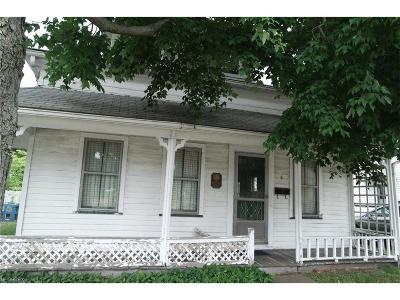 Willoughby Single Family Home For Sale: 6 Public Sq