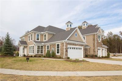 Avon Lake Condo/Townhouse For Sale: 32728 Signature Pky