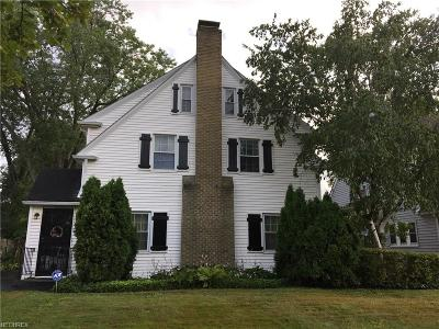 Shaker Heights Single Family Home For Sale: 14200 Becket Rd