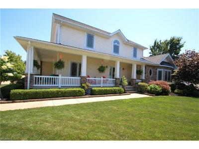 Willoughby Single Family Home For Sale: 38565 Mary Clarke Dr