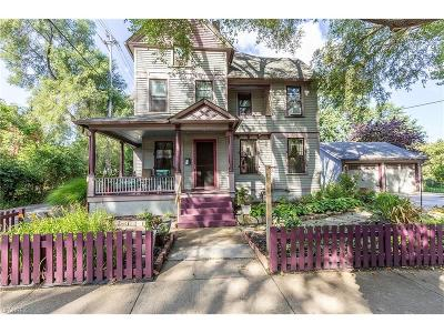 Single Family Home For Sale: 1500 West 38 St