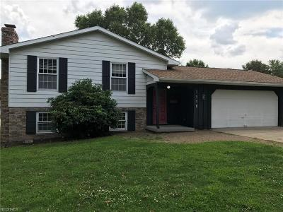 Dover OH Single Family Home For Sale: $149,900
