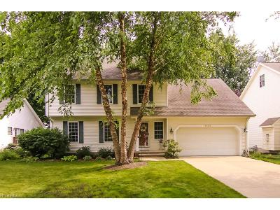 Willoughby Single Family Home For Sale: 38392 Sheerwater Ln