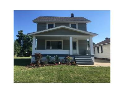 Parma Single Family Home For Sale: 6303 Ridgewood Ave