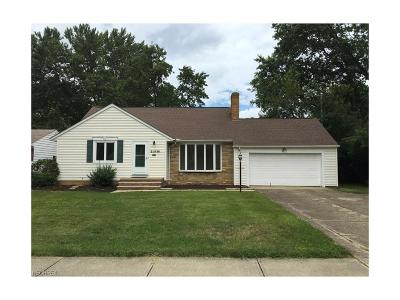Rocky River Single Family Home For Sale: 22536 Peachtree Ln