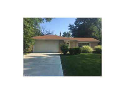 North Olmsted Single Family Home For Sale: 29376 Stewart Dr