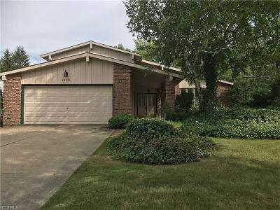 Solon OH Single Family Home For Sale: $249,900