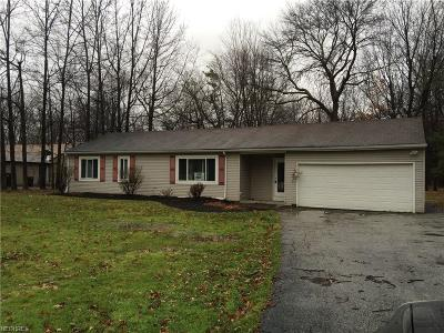 Willoughby Hills Single Family Home For Sale: 2984 Rockefeller Rd