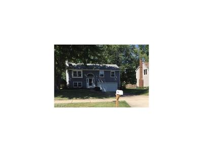 Mentor Single Family Home For Sale: 7787 Barnaby Ln