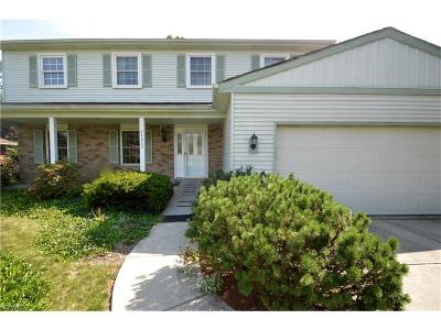 Westlake Single Family Home For Sale: 24633 Meadow Ln