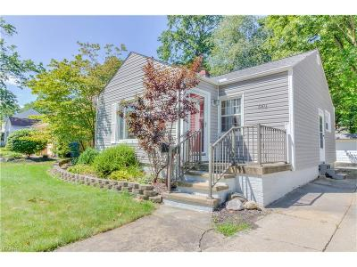 Bay Village Single Family Home For Sale: 580 Canterbury Rd