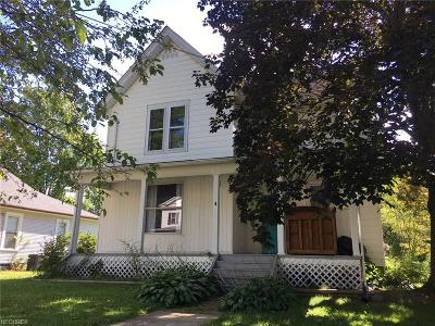 Ravenna Single Family Home For Sale: 247 Pratt St