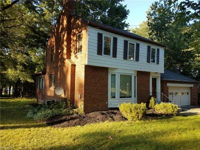 Seven Hills Single Family Home For Sale: 383 Chestnut Rd