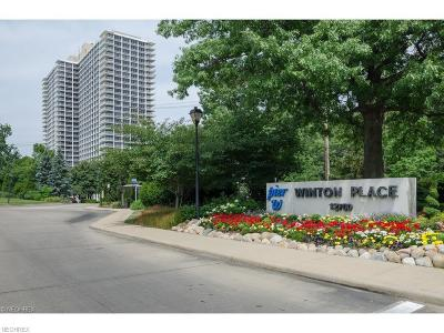 Lakewood Condo/Townhouse For Sale: 12700 Lake Ave #810
