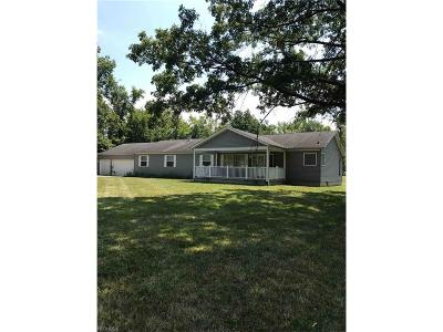 Olmsted Falls Single Family Home For Sale: 27277 Bagley Rd