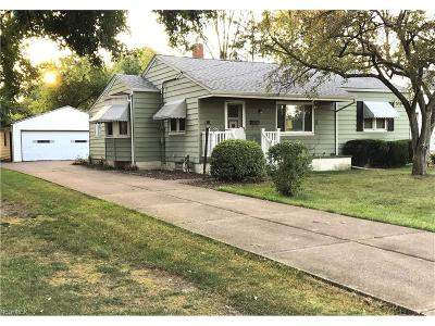 North Olmsted Single Family Home For Sale: 3654 Walter Rd