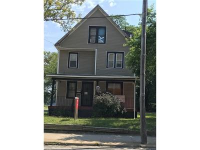 Cleveland Single Family Home For Sale: 1335 East 105