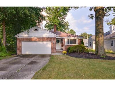 Bay Village Single Family Home For Sale: 425 Forestview Rd
