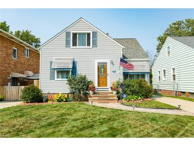 Parma Single Family Home For Sale: 4102 Milford Ave
